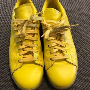 Adidas yellow leather tennis shoes men's